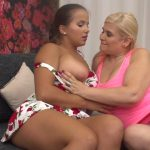 Watch Porno Hub Online – Mature.nl presents Laurel (18), Musa Libertina (EU) (52) in Hot babe having fun with a naughty mature lesbian – 06.09.2017 (MP4, FullHD, 1920×1080)