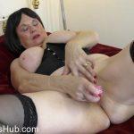 Watch Porno Hub Online – Mature.nl presents Lady Jane (EU) (63) in British curvy lady Jane playing with herself – 20.11.2017 (MP4, FullHD, 1920×1080)