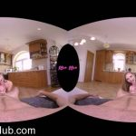 Watch Porno Hub Online – 18vr presents Lady Bug in Snug As A Bug – 30.01.2018 (MP4, HD, 1920×960)