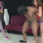 Watch Porno Hub Online – Savannah Fox, Jasmine Mendez in Ballbusting beatdown on worthless slave (MP4, HD, 1280×720)