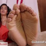 Watch Porno Hub Online – Goddess Footjobs presents Claire Black in Wardens Rules (MP4, FullHD, 1920×1080)