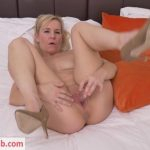 Watch Porno Hub Online – Mature.nl presents Kate Aveiro (EU) (39) in British housewife playing with her toy – 03.09.2018 (MP4, FullHD, 1920×1080)