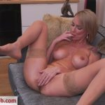 Watch Porno Hub Online – Mature.nl presents Elen Million (40) Sexy blonde Milf spoils both her holes with her toys – 01.11.2018 (MP4, SD, 960×540)